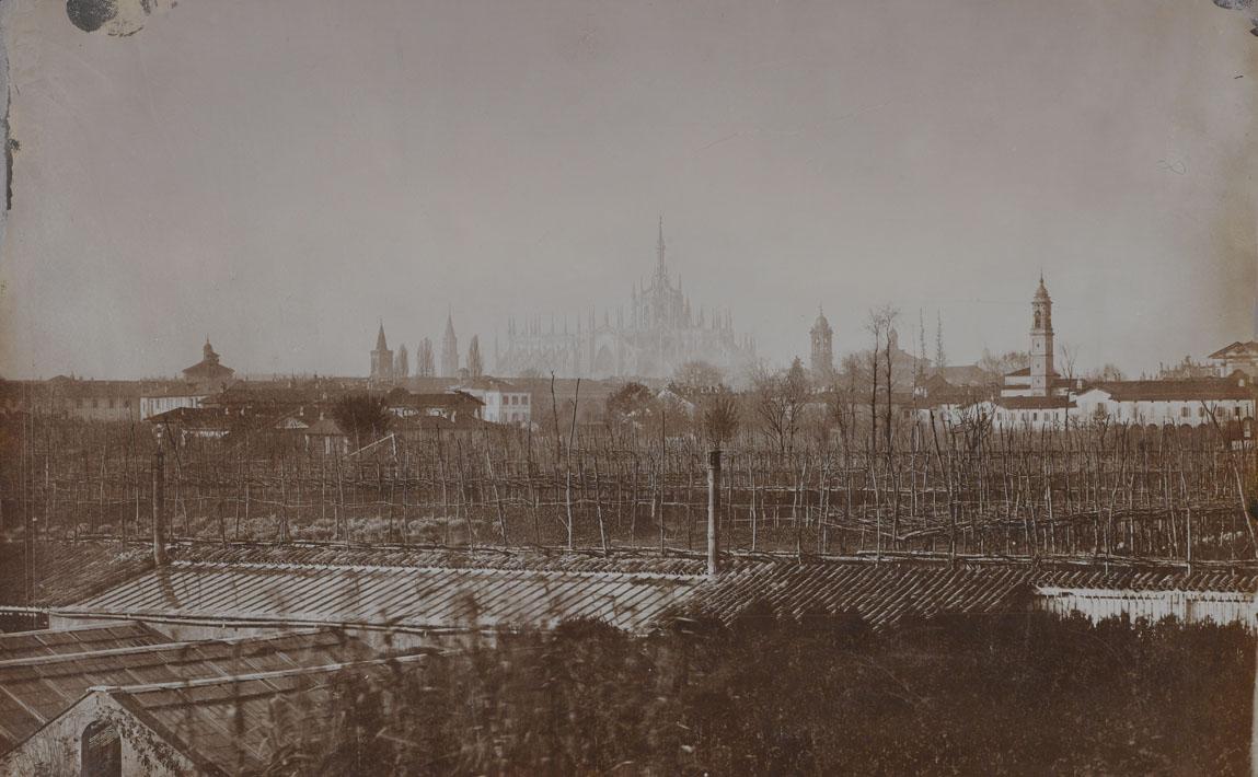 Ortaglie tra il Naviglio e le mura spagnole a sud del Duomo, 1885 circa