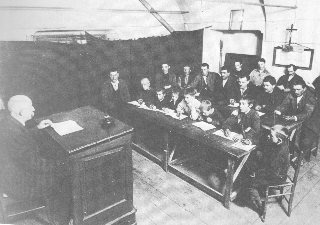 Scuola per gli emigranti, 1913