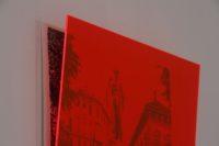 Speeches // Beccaria Disegno penna gel nera su carta cotone pressata a freddo, 450 gr, 40 x 50 cm e plexiglas fluo magenta, dettaglio Simona Da Pozzo Milano 2017